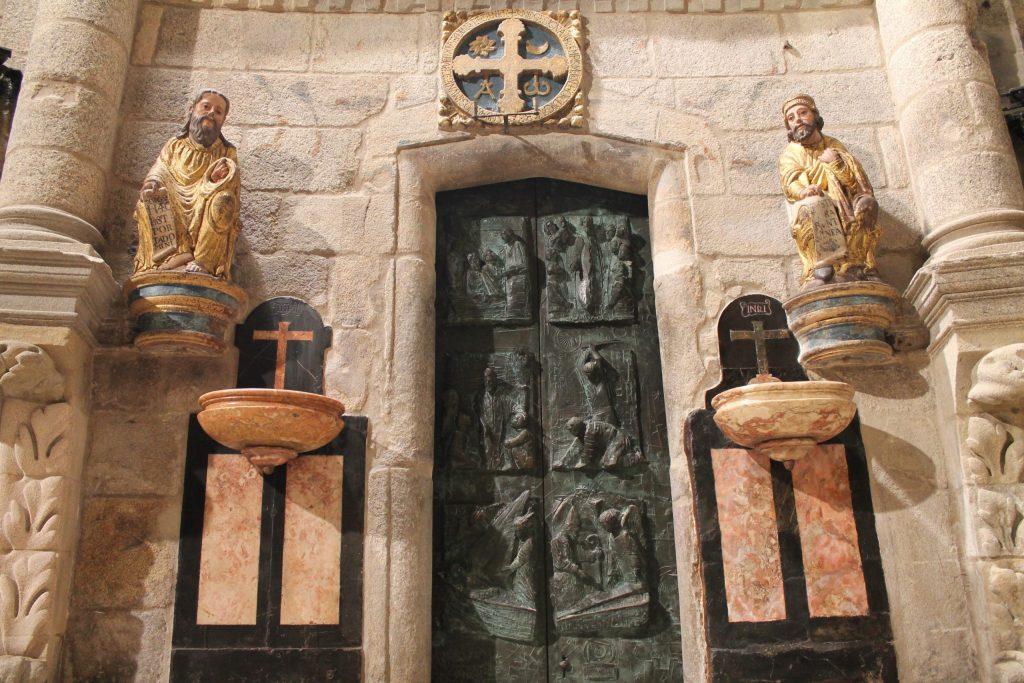 porta santo cattedrale santiago de compostela