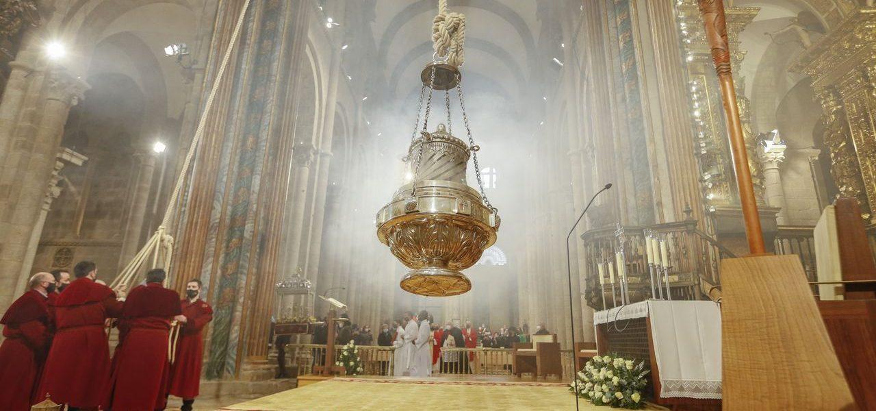 xacobeo 2021 anno santo giacobeo porta santa botafumeiro 2021